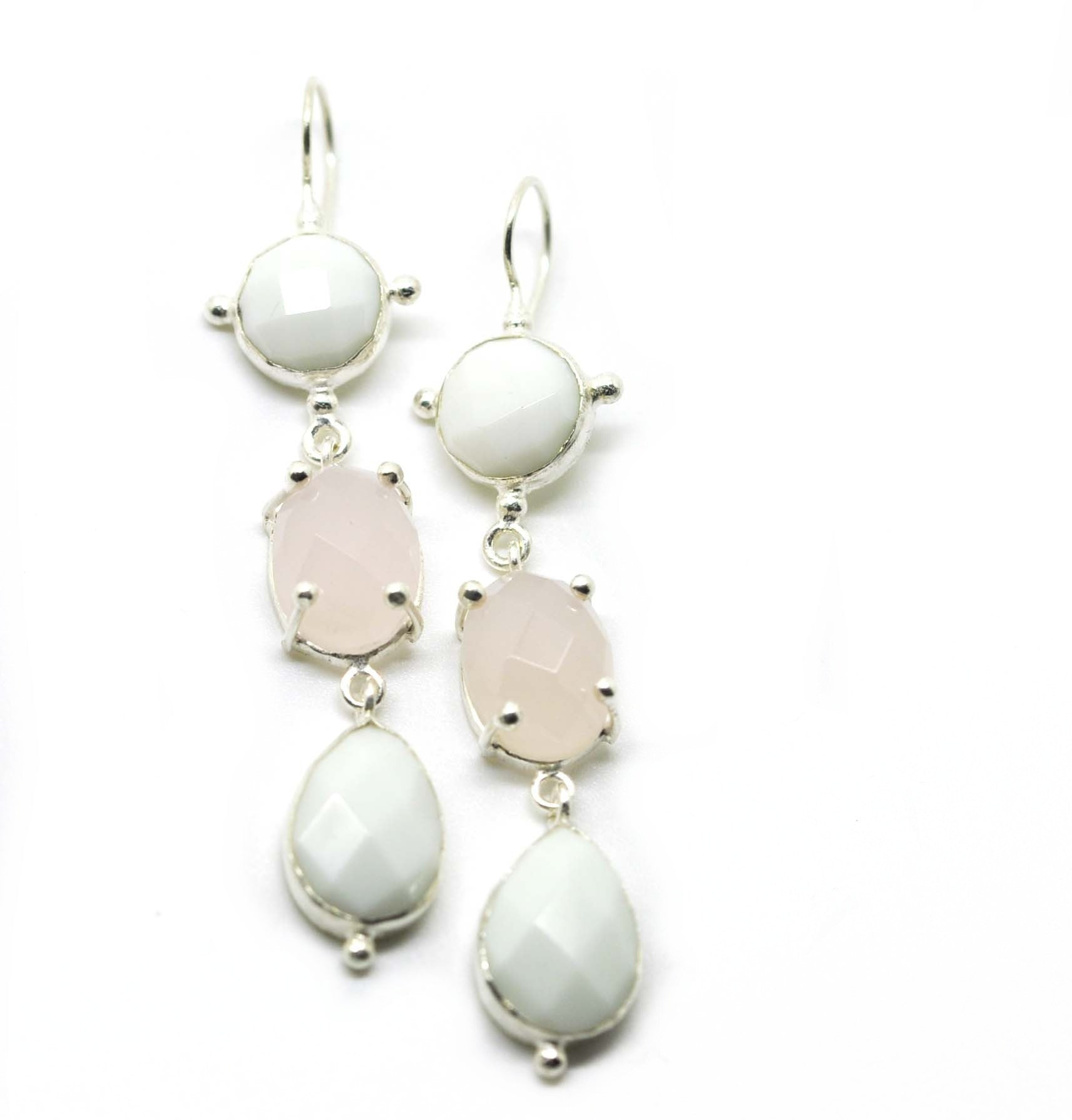 Chalcedony and agate earring
