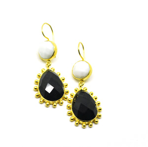 20 in 2020 -  White agate and black onyx