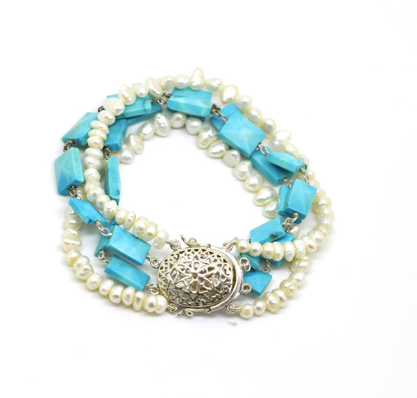 ON SALE Pearl and Turquoise bracelet
