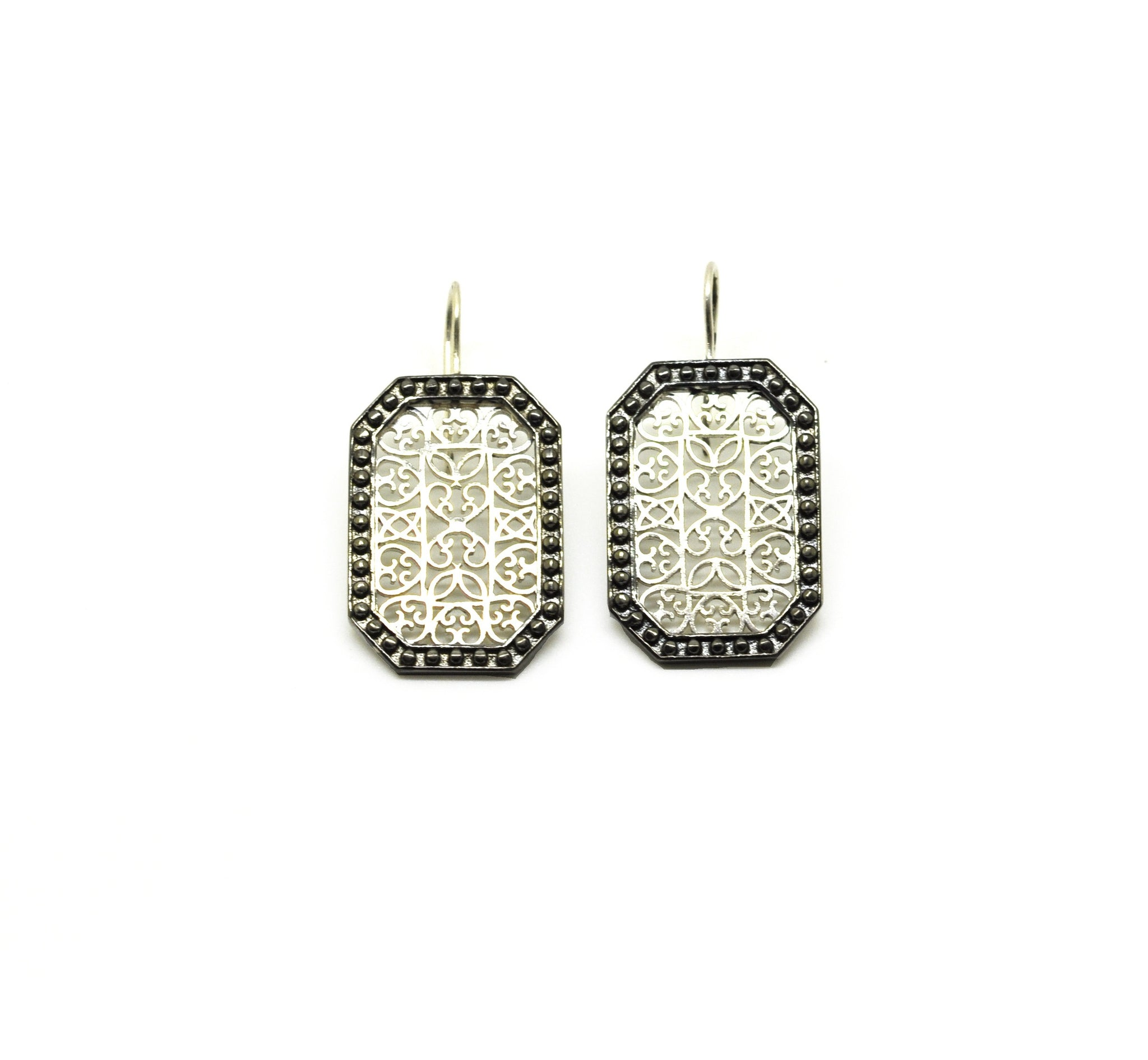 ON SALE Dual tone filigree- emerald cut 2