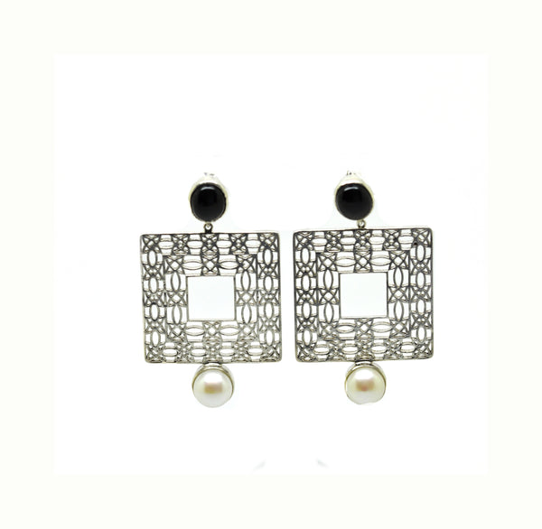 On Sale Filigree - Square- Black onyx (Clearance)