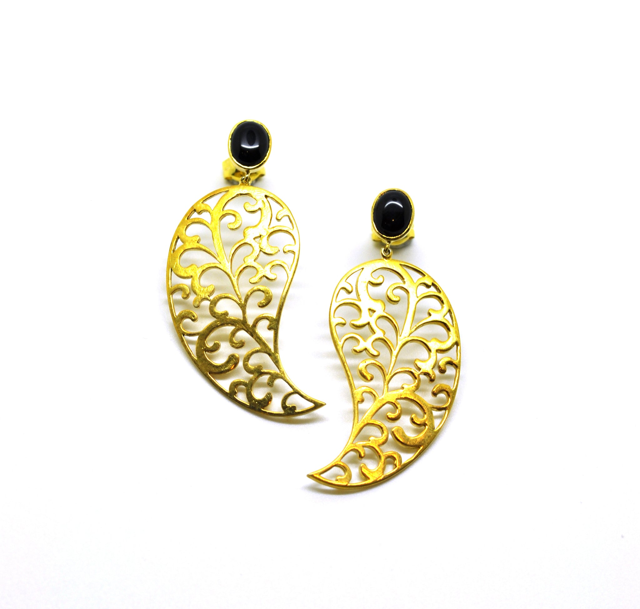 SOLD - ON SALE Long Filigree earring 3
