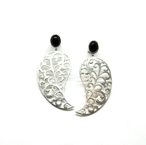 ON SALE Long Filigree earring 2