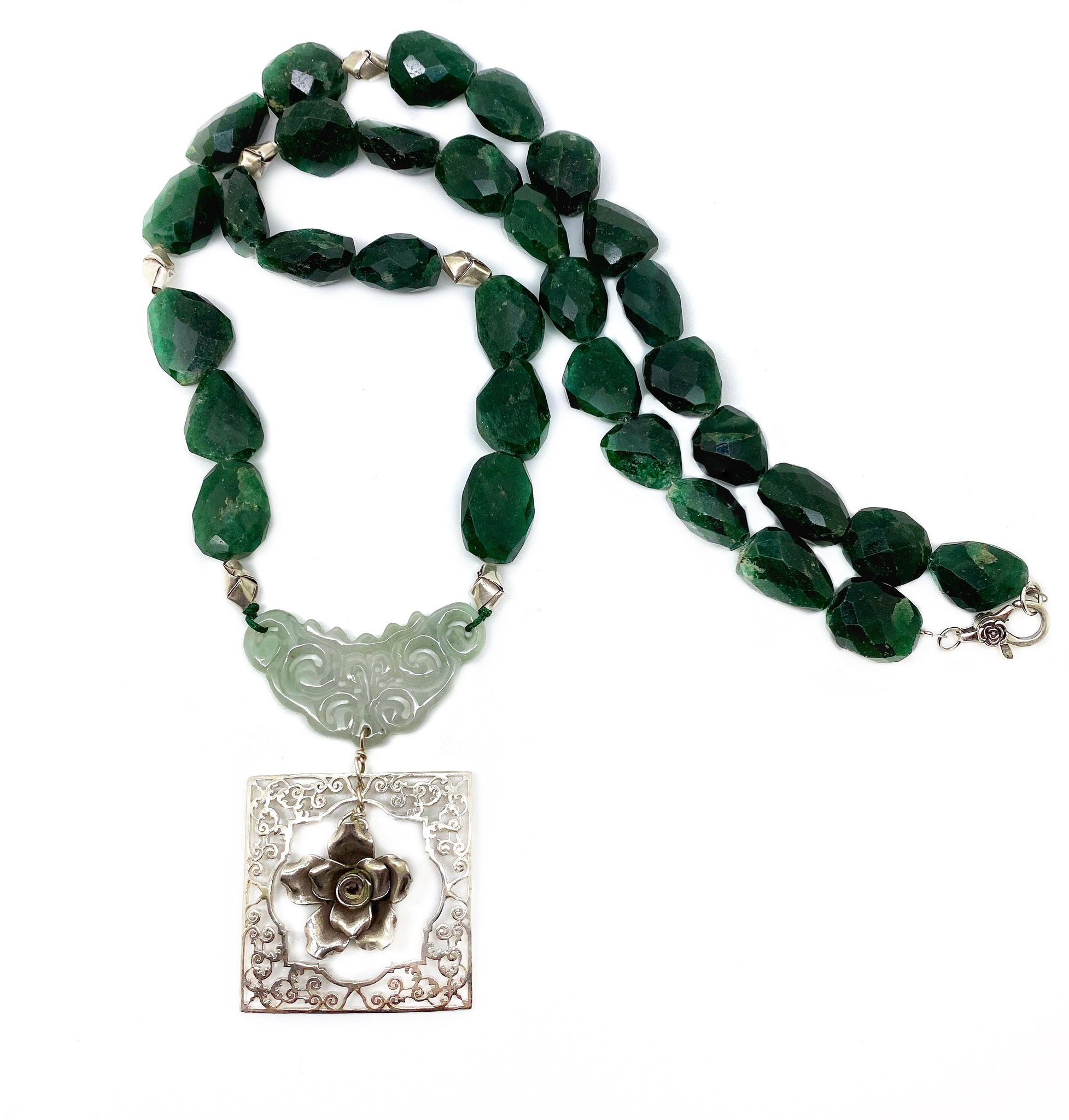 NEW - Carved Jade and green Aventurine necklace