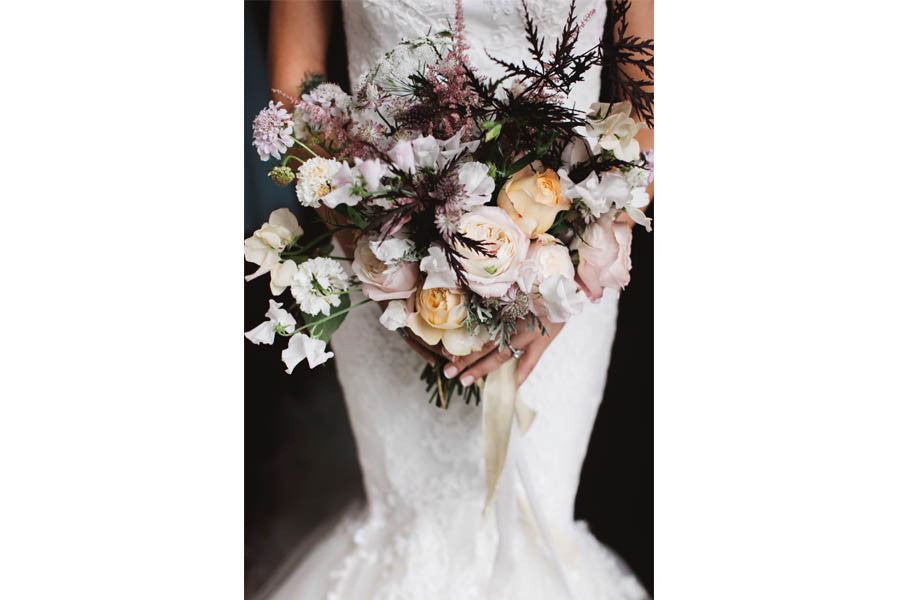 Wilde Thyme Wedding flowers styling destination wedding florist  bride bouquet garden roses matt Porteous