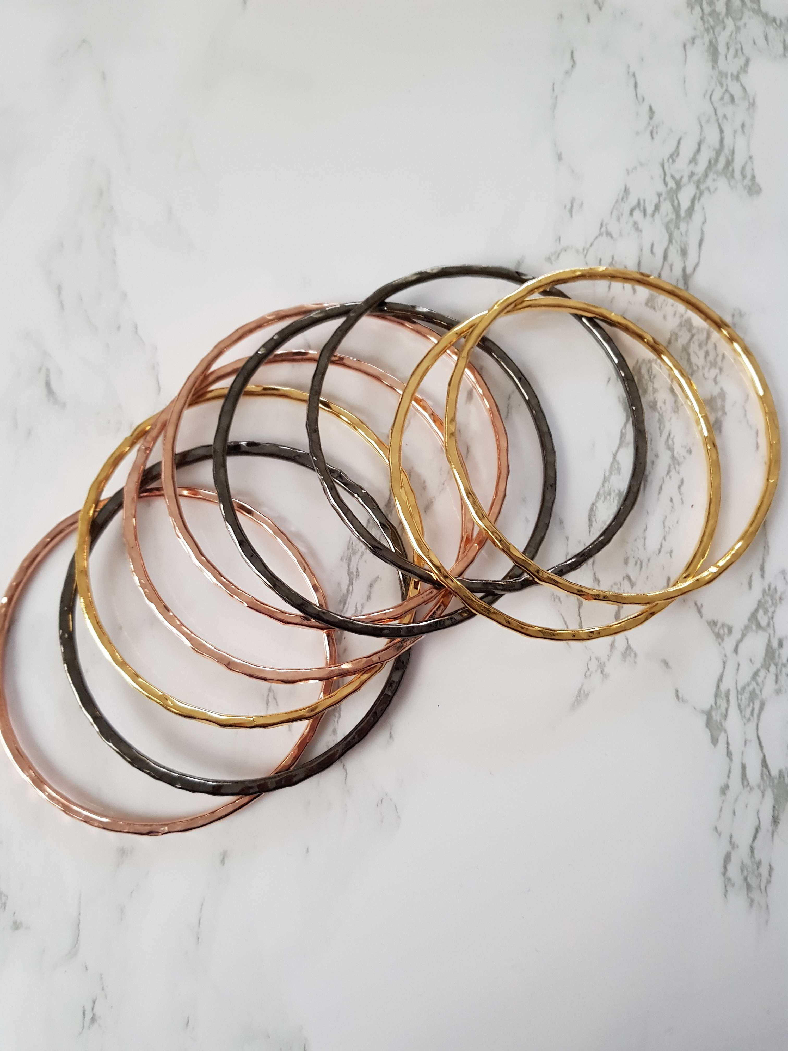 LAYLA (2): Six Hammered Bangle Set