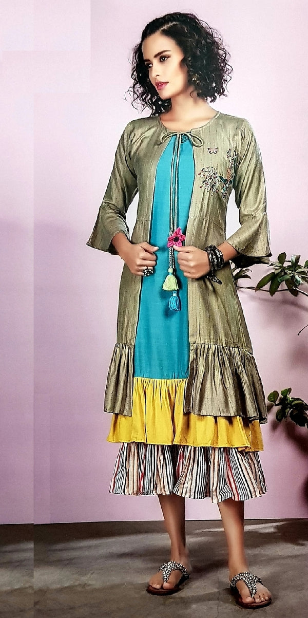 Gathered Shirt With Embroidered Gathered Cape - R00259