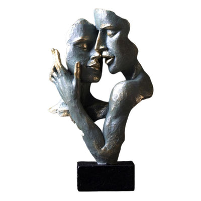 Sculpture Couple Enlacé