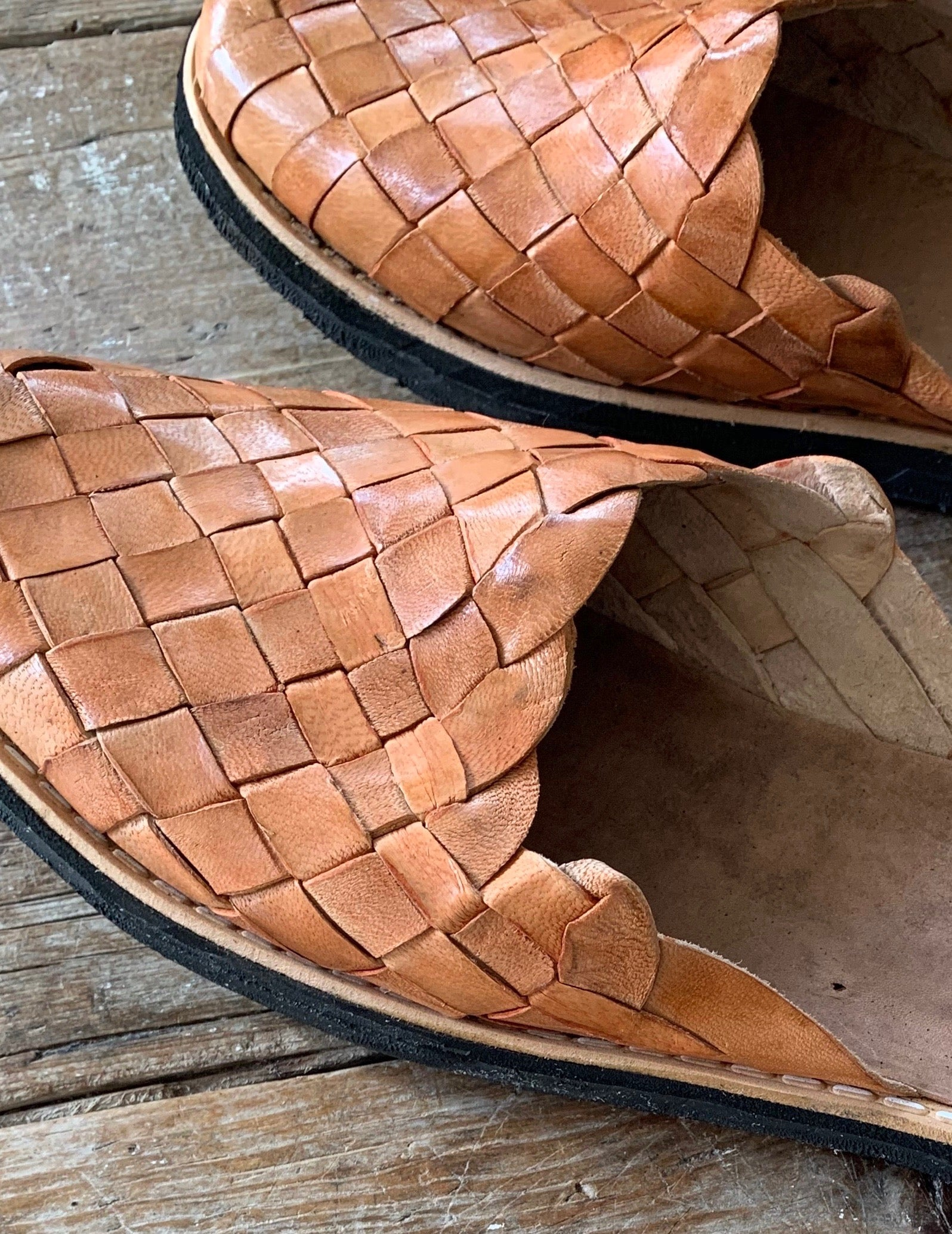 woven leather flat