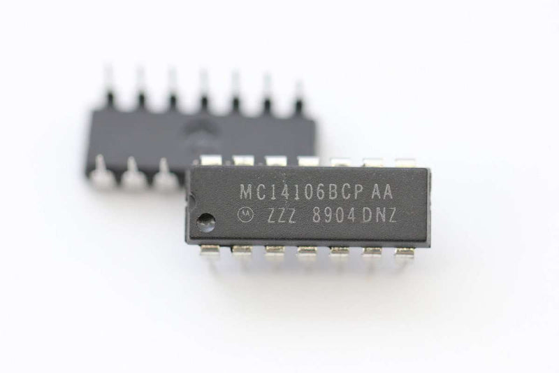 MC14106BCP Inverters 3-18V CMOS Hex