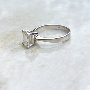 Rectangular 0.95ct Diamond Ring