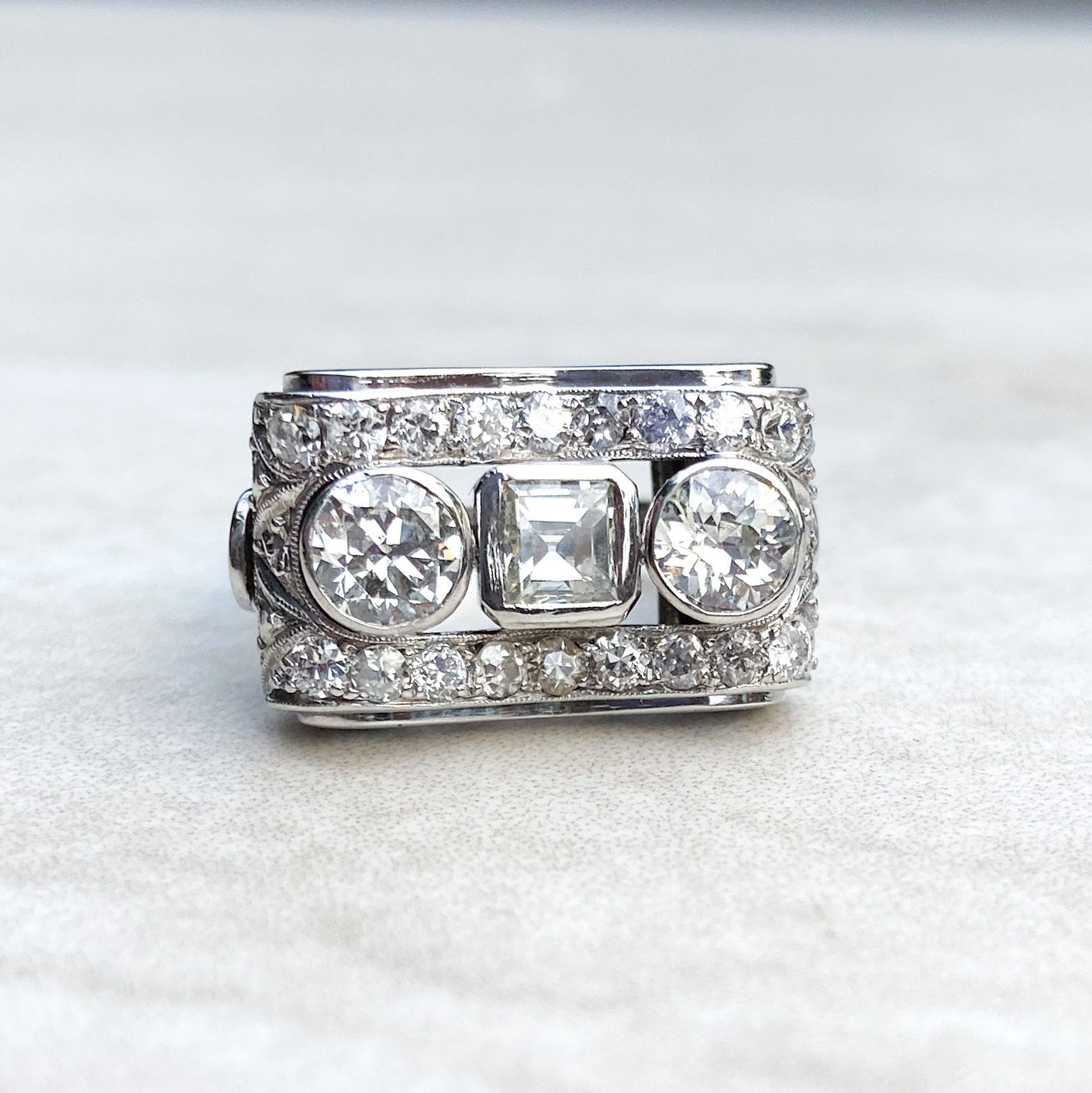 1.92ct Diamond Odeonesque Ring