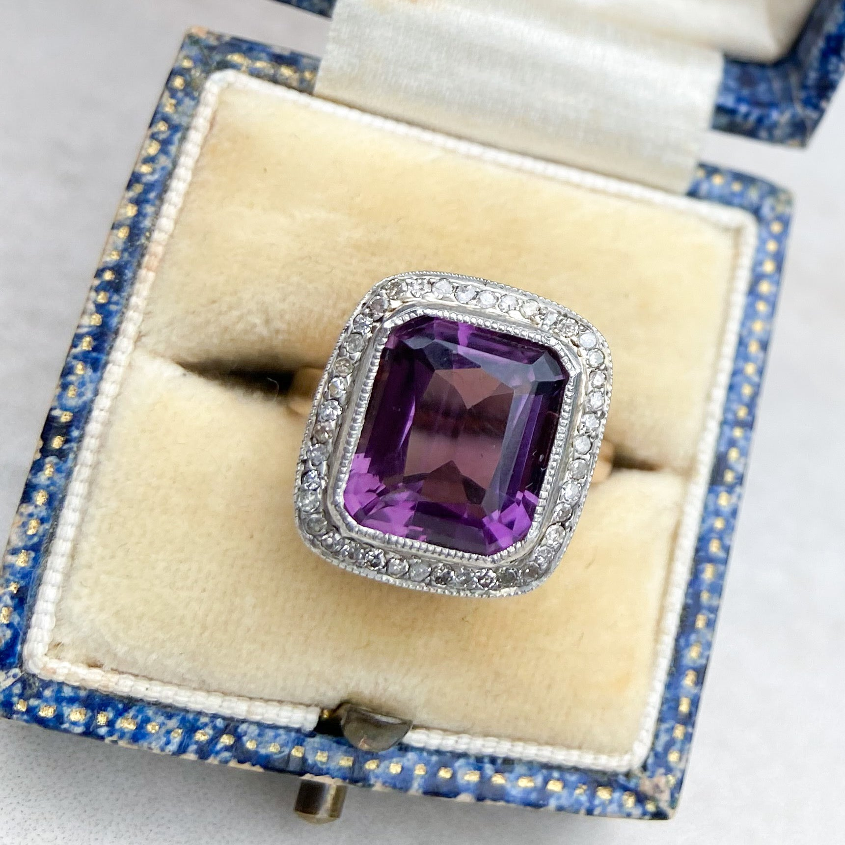 Art Deco 5.00ct Amethyst and Diamond Cocktail Ring