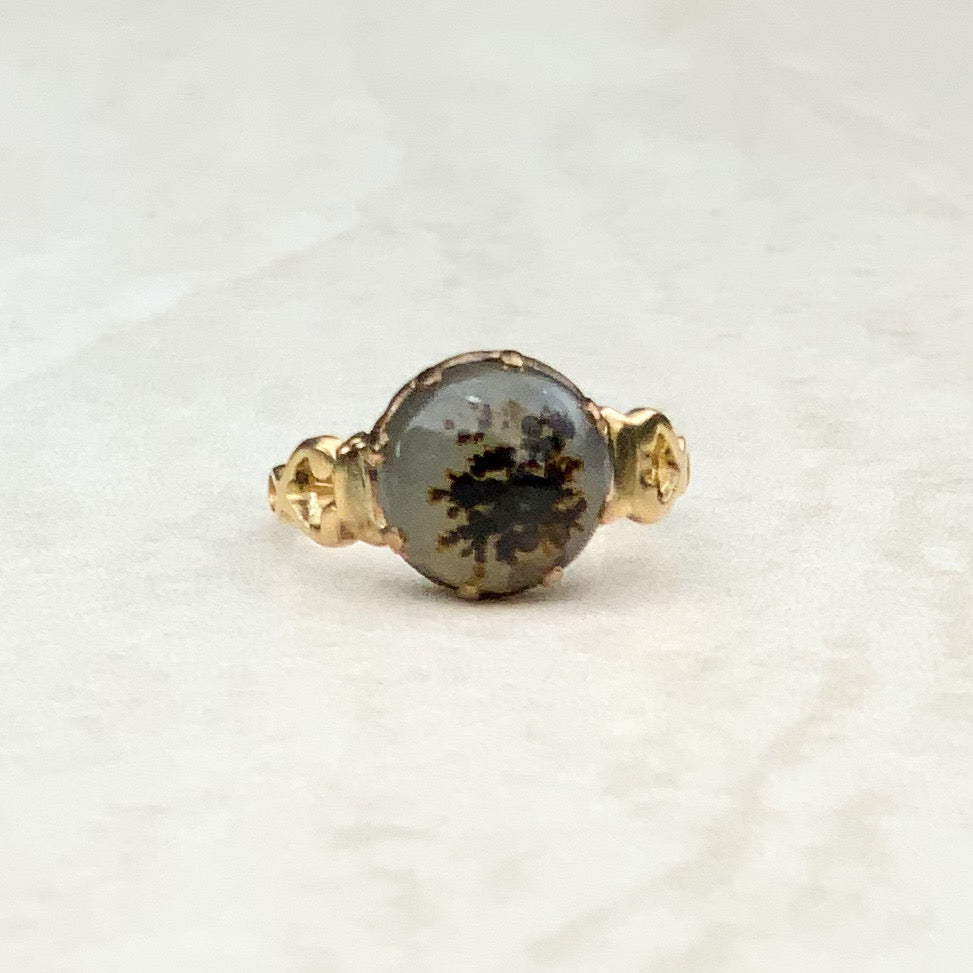 Antique Closed Back Moss Agate Ring