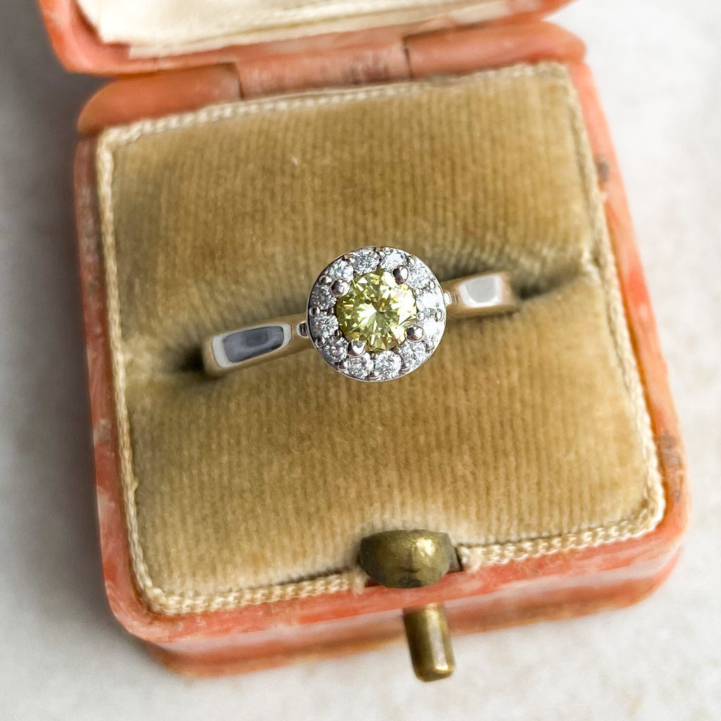 Vintage 0.50ct yellow diamond Cluster ring