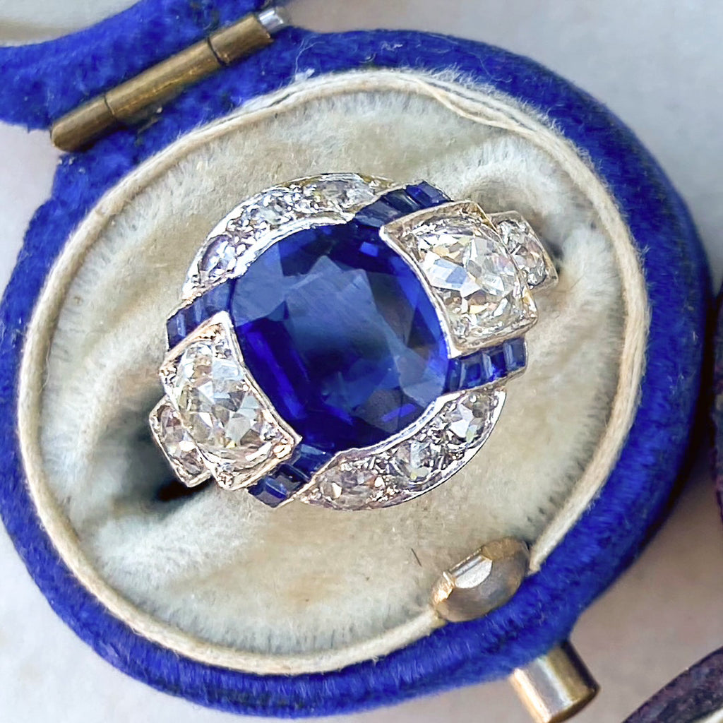 Art Deco, 2.00ct Unheated Sapphire and Diamond Ring