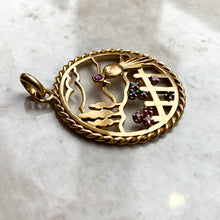 Load image into Gallery viewer, Vintage 18ct Gold Pendant