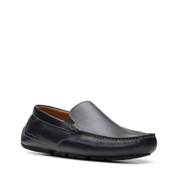 CLARKS ASHMONT STEP LIGHT - BLACK TUMBLED