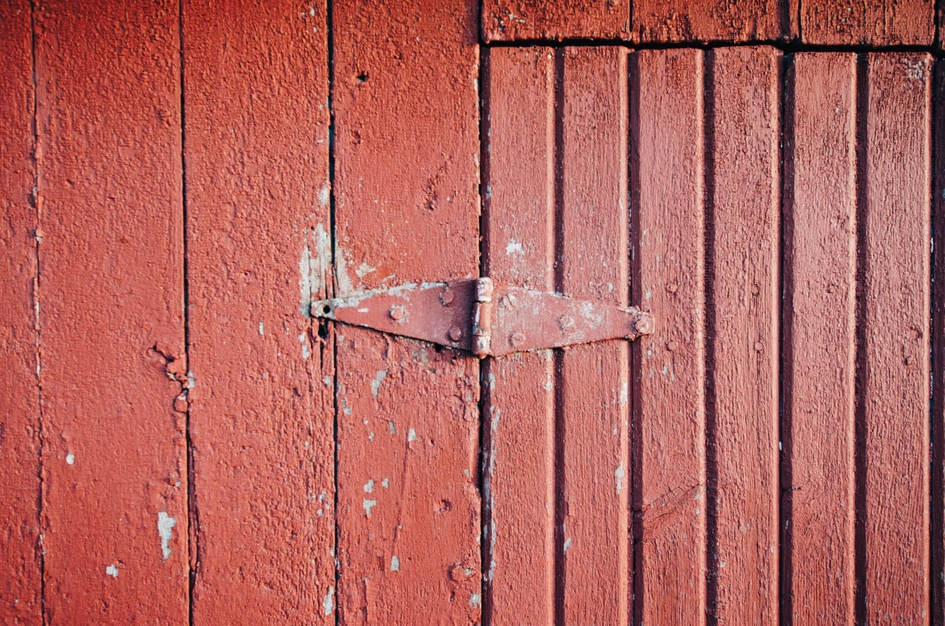 Looking After Your Hinges: Maintenance And Care