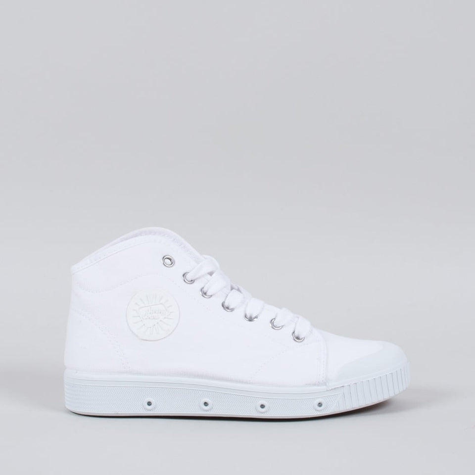 Spring Court Canvas B2 White (High)