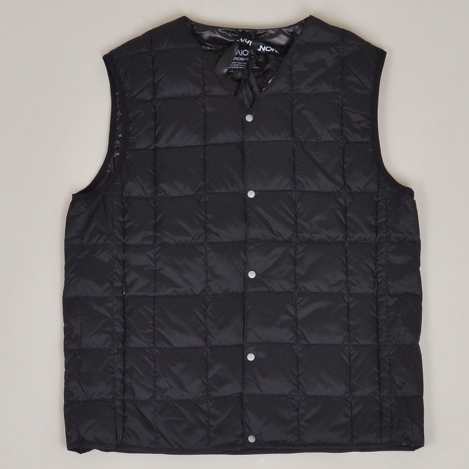 Taion - 001 V Neck Button Down Vest - Black
