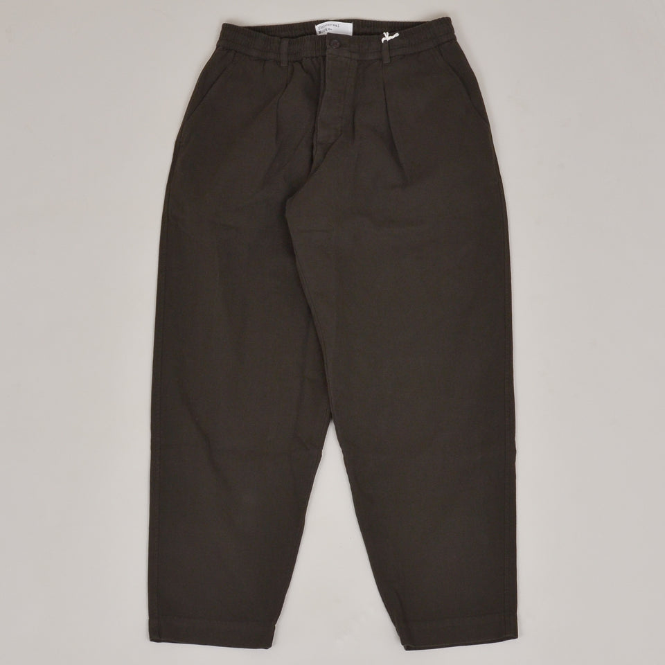 Universal Works Pleated Track Pant Canvas - Olive