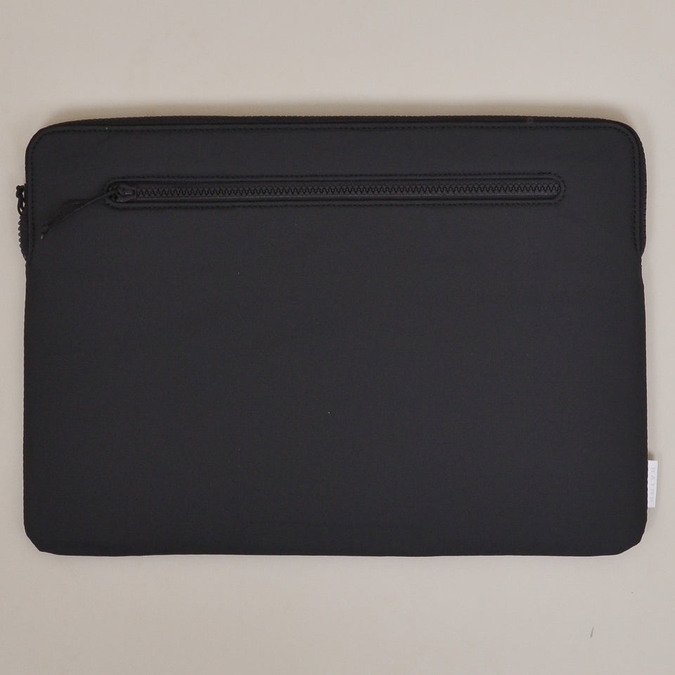 "Rains Laptop Cover 15"" - Black"