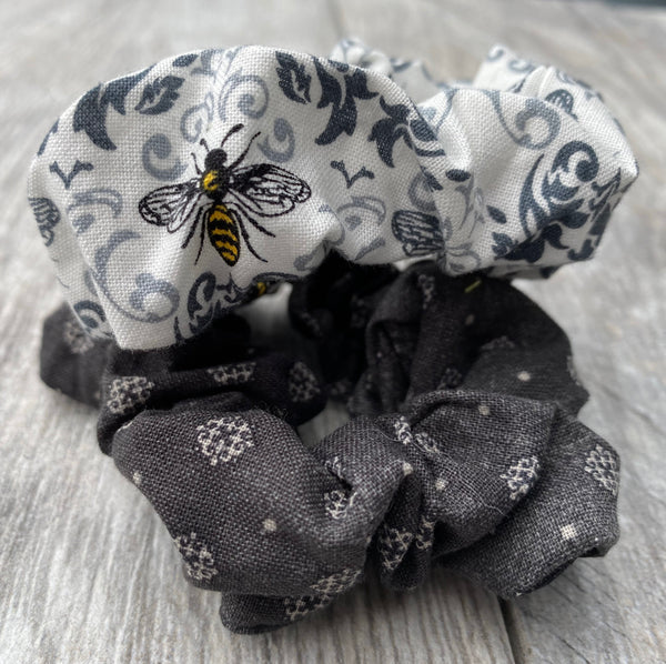 Black  Bees Scrunchies