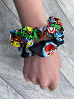 Marvel and DC - Scrunchie - hair tie - scrunchies