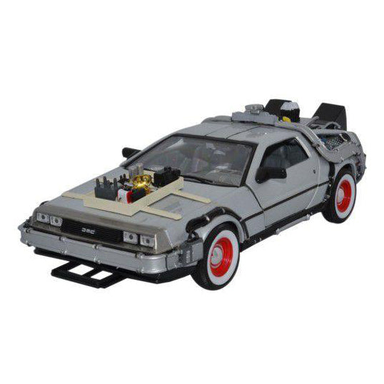 1:24 Scale Back to the Future 3 DeLorean