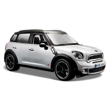 Load image into Gallery viewer, 1:24 Scale Mini Countryman