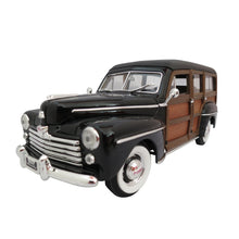 Load image into Gallery viewer, 1:18 Scale 1948 Ford Woody