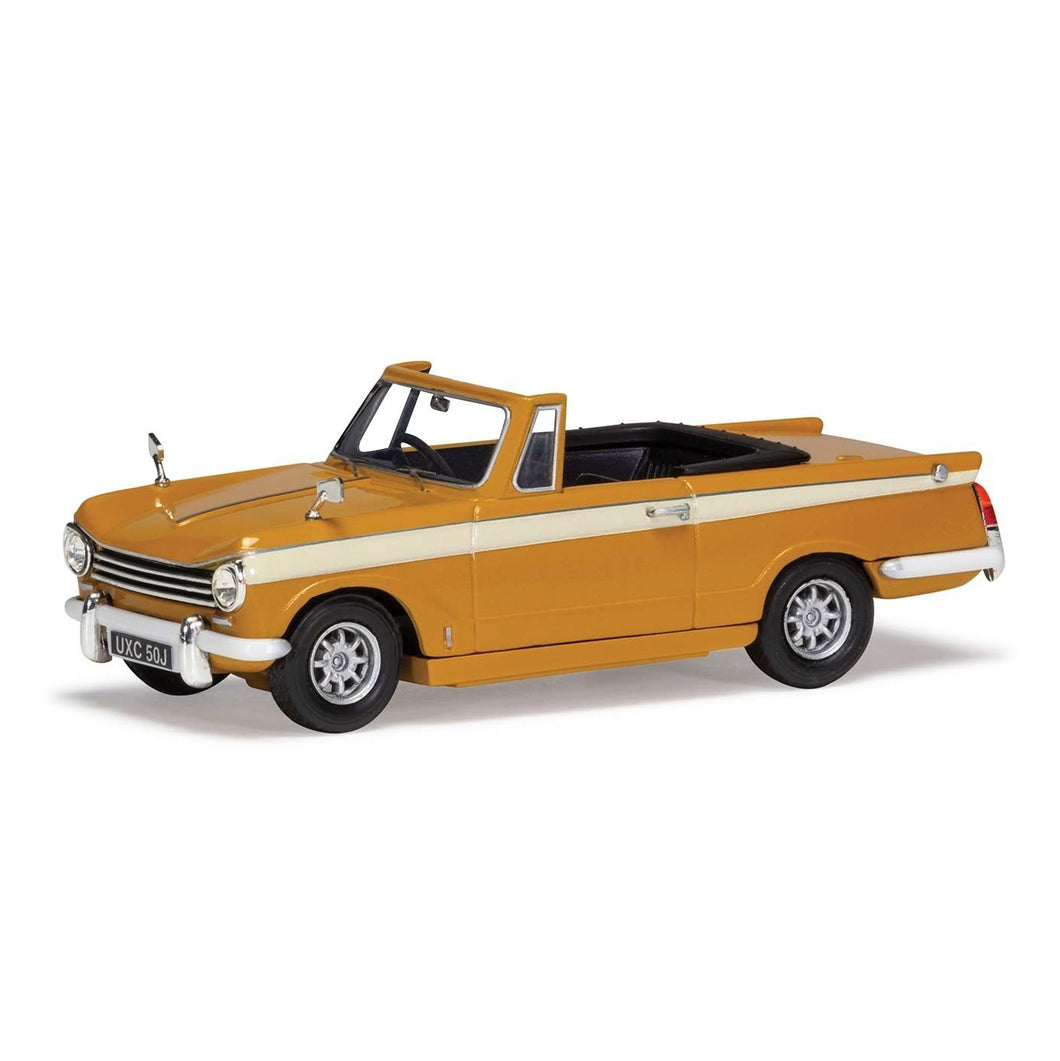 1:43 Scale Triumph Herald 13/60 Convertible - Removable Roof