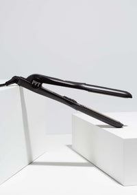 Zero Frizz Digital Styler<p>Black