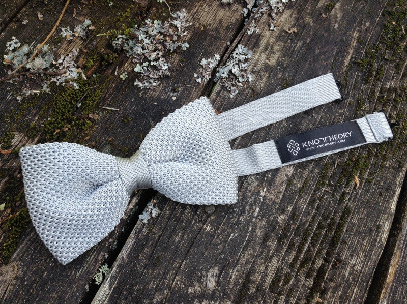 Pre-tied Silver Lining Gray Knit Bow Tie