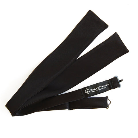 Skyfall: Classic James Bond self-tie black batwing bow tie