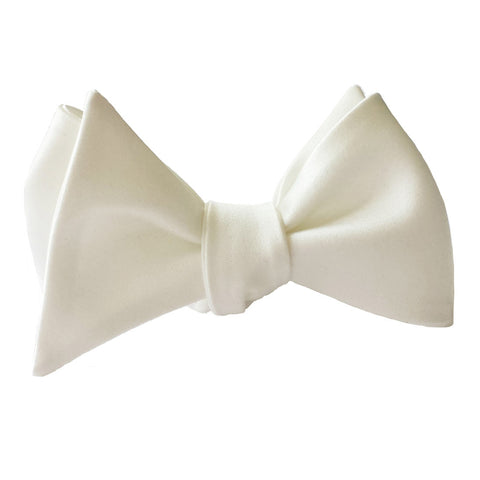 Classic White Butterfly bow tie