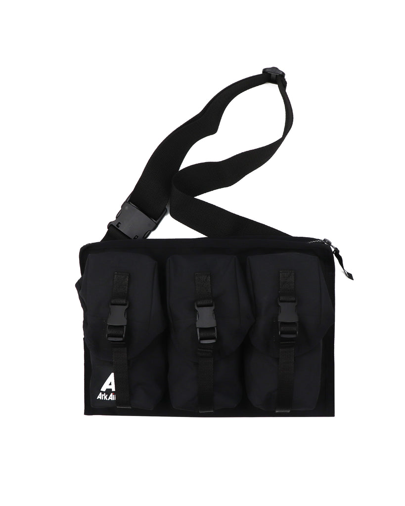 M670AA - Chest Rig - Black