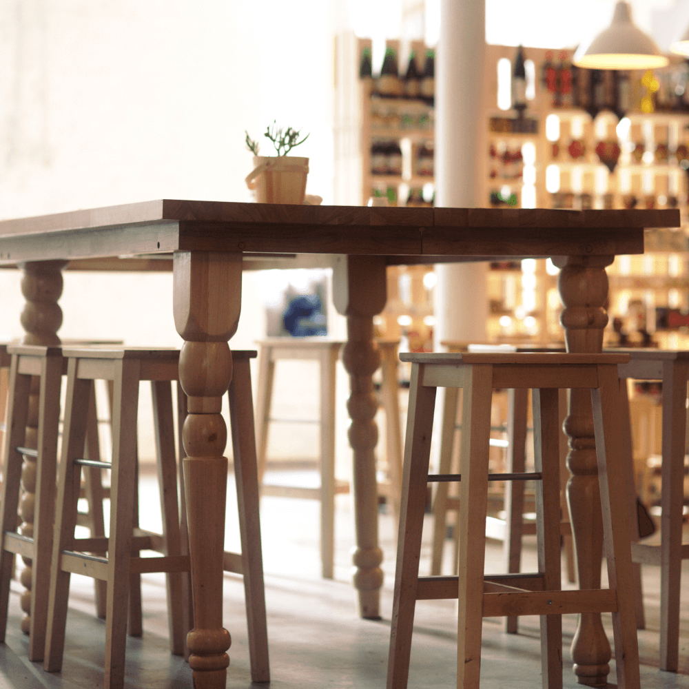 distance between bar stool and a counter