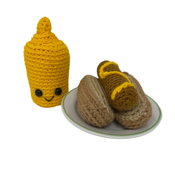 Hot Dog with Condiment Bottle - Crochet City