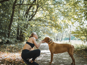 Working out with your dog – 5 easy workout ideas for you and your furry friend