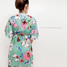 Load image into Gallery viewer, Hibiscus Print Midi Dress