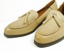 Load image into Gallery viewer, Leather Loafers with Tassels