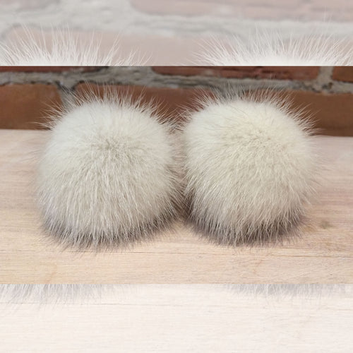 Grey Shoe Poms, Pair of Ultra Light Grey Violet Mink Real Fur Shoe Pom Poms, Recycled Vintage Fur 2-Inch Mini Mink Pom Poms, Shoe Jewelry