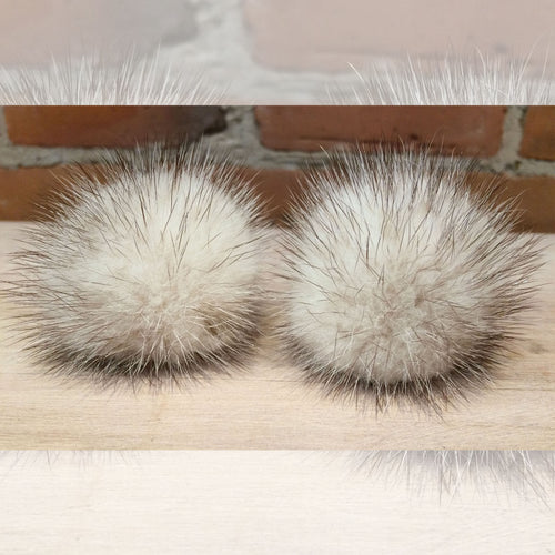 White Black Shoe Poms, Recycled Vintage Mink Fur, Pair 2-Inch Handmade Shoe Poms with Clips for Pumps or Loops for Sandals, Shoe Accessories, elle Vintage