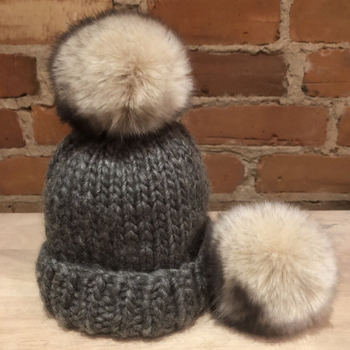 Beige Fur Pom, Beige Black Faux Fur Hat Pom, Beige Fur Ball with Black Flecks for Baby's Knits, 3.5-Inch Fur Ball, Detachable Beanie Pom , ellevintage.com