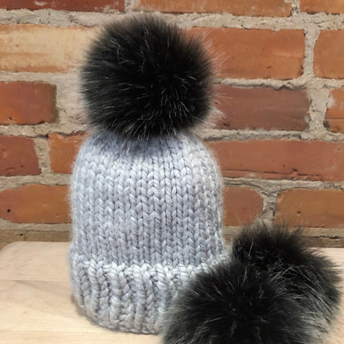 Black Silver Pom Pom, Small Dark Silver Faux Fur Pom for Children's Winter Beanie, Detachable Faux Fur Ball, Knitting Crochet Craft Supplies, ellevintage.com