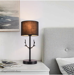 Modern LED Antler Table Lamp Nordic Dimmable Desk Lamp Bedroom Bedside Hotel Black Study Lamp Christmas Decorations For Home