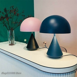 Modern Children's Room Table Lamp Nordic Simple Personality Bedroom Bedside Study Creative Mushroom Desk Lamp Iron Deco Fixtures