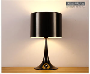Nordic Table Lamp Simple Modern Living Room Desk Decoration Desk Lamp Black White Table Light Bedroom Bedside Lamp Home Lighting